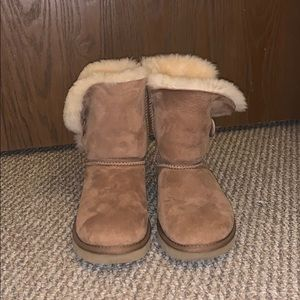 bailey button brown uggs